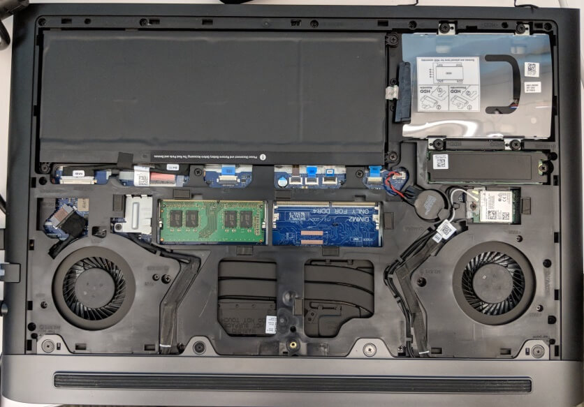 Ноутбук Dell Inspiron 15 7000 Gaming изнутри