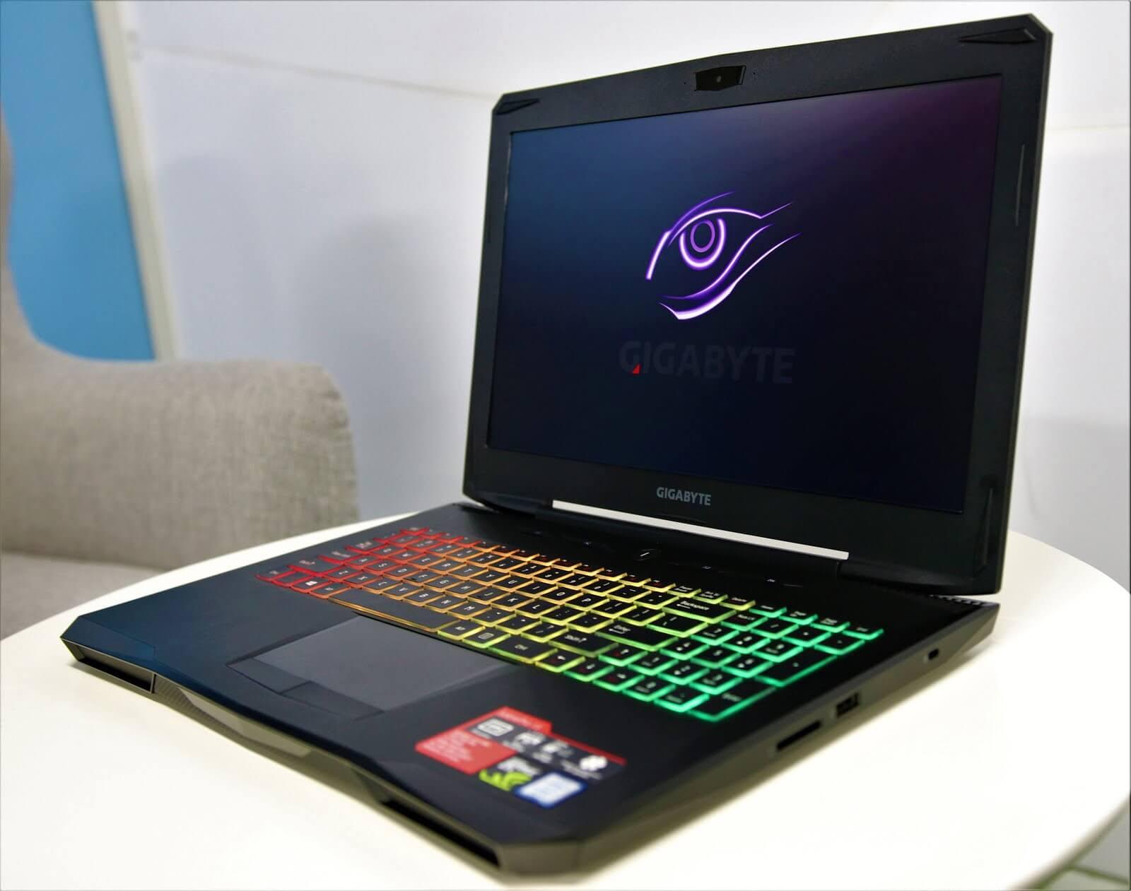 Ноутбук Gigabyte SabrePro 15