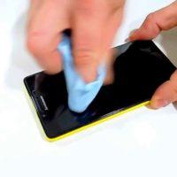 Что делать, если отклеивается защитное стекло на телефоне?