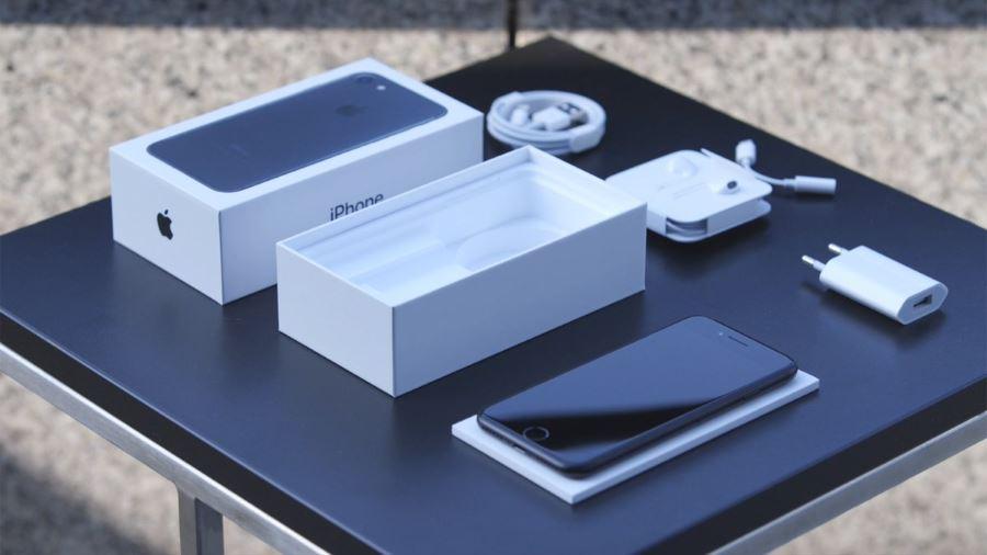 Смартфон айфон 7