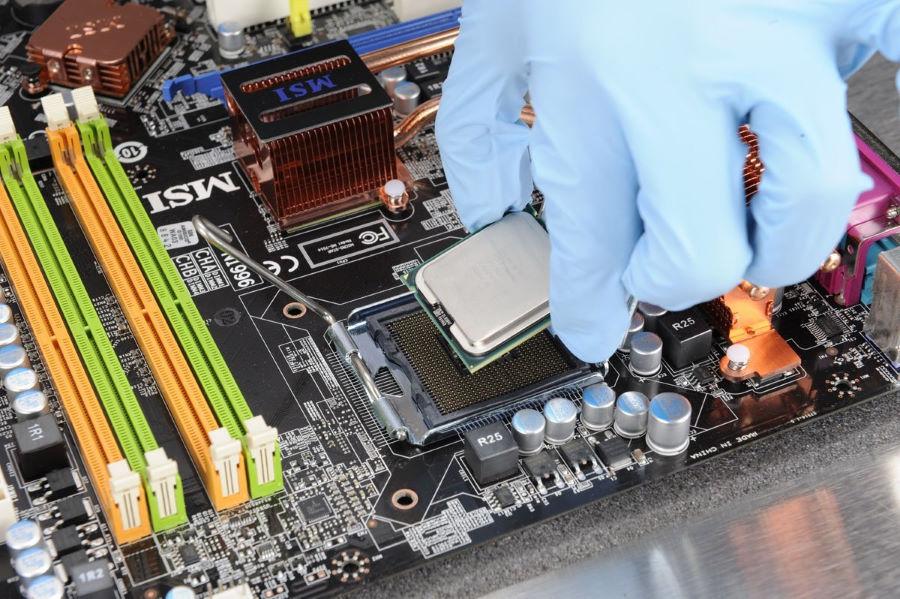 Установка главного процессора