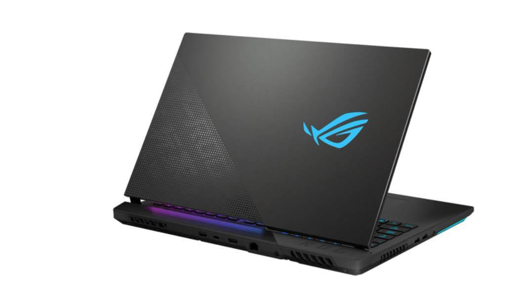 Рейтинг игровых ноутбуков 2021 года: Asus ROG Strix SCAR 17 G733QM-HG028